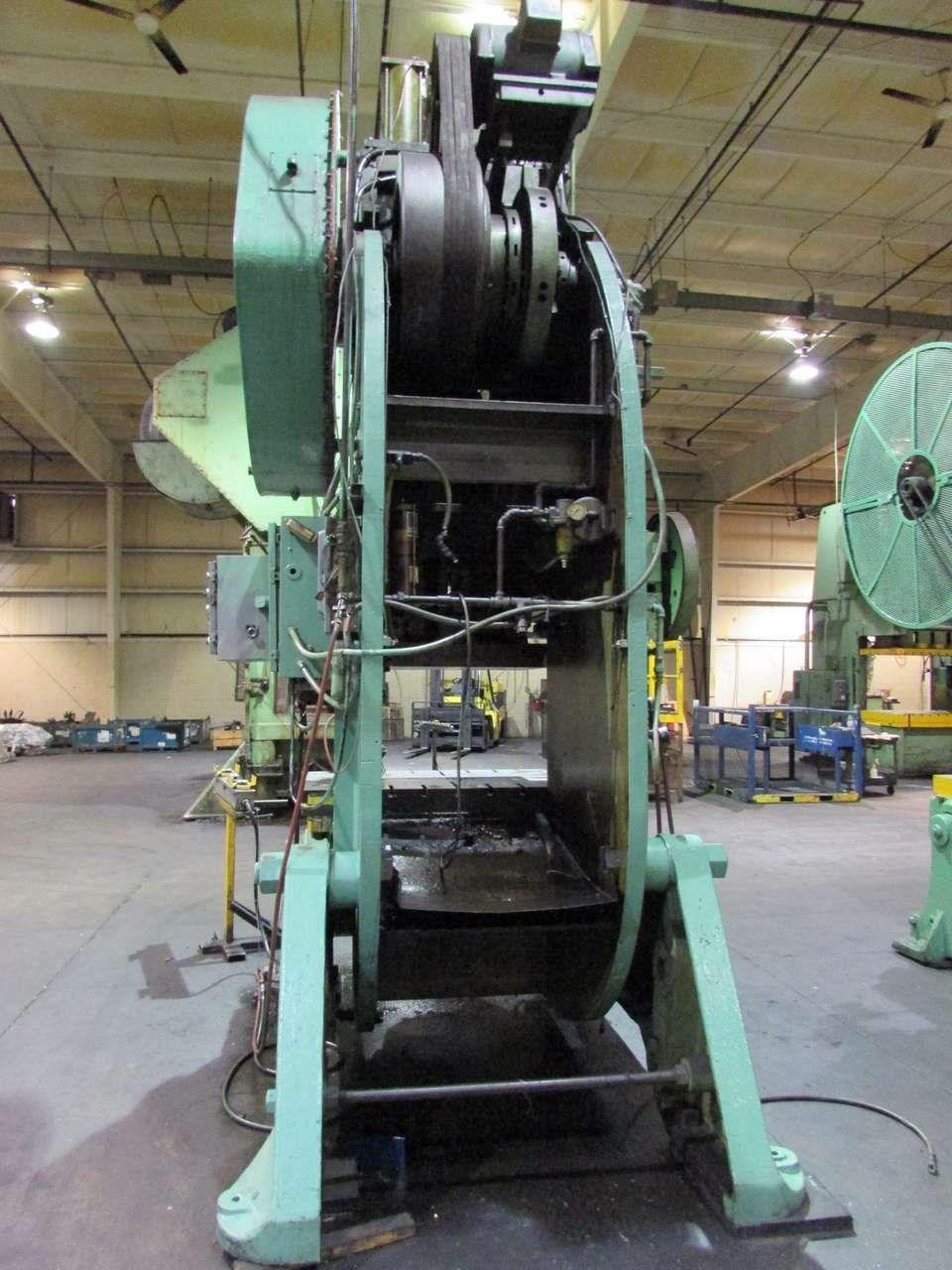 200 ton USI Clearing rear