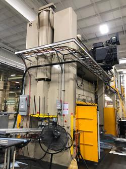 630 ton Aida servo press side rear