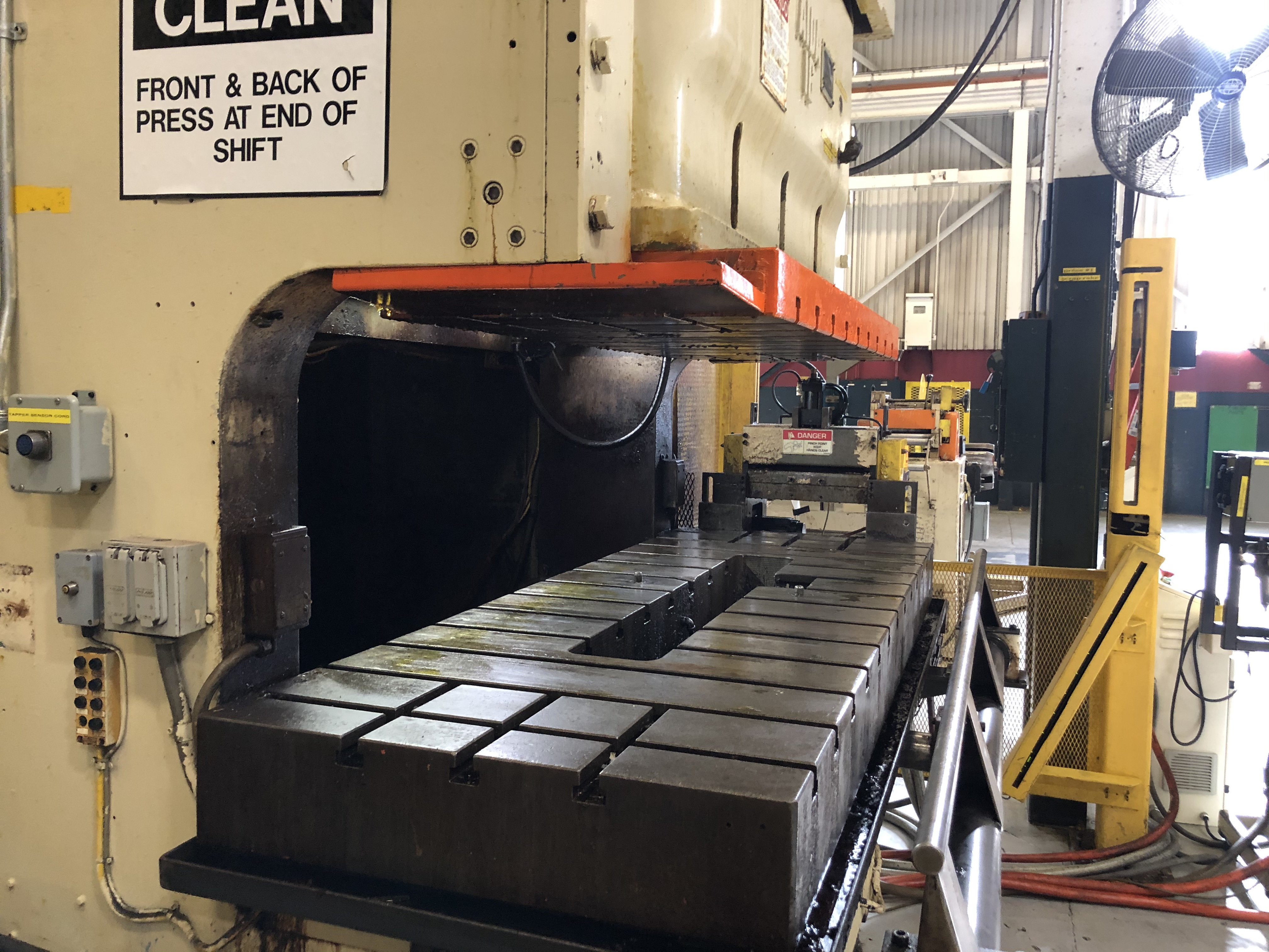275 ton Aida4