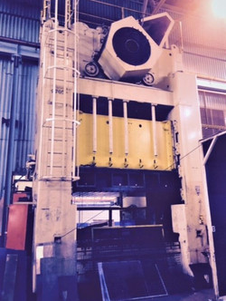 440 Ton Mecfond-Danly press for sale