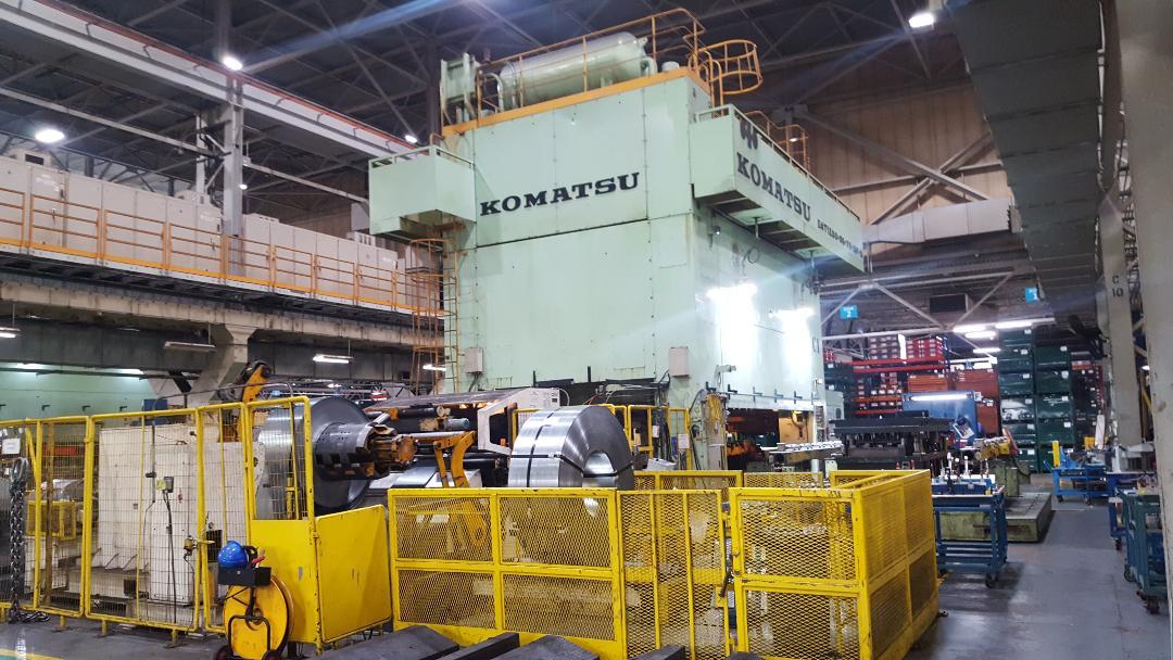 1200 metric ton komatsu