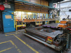 2000 ton Verson moving bolster