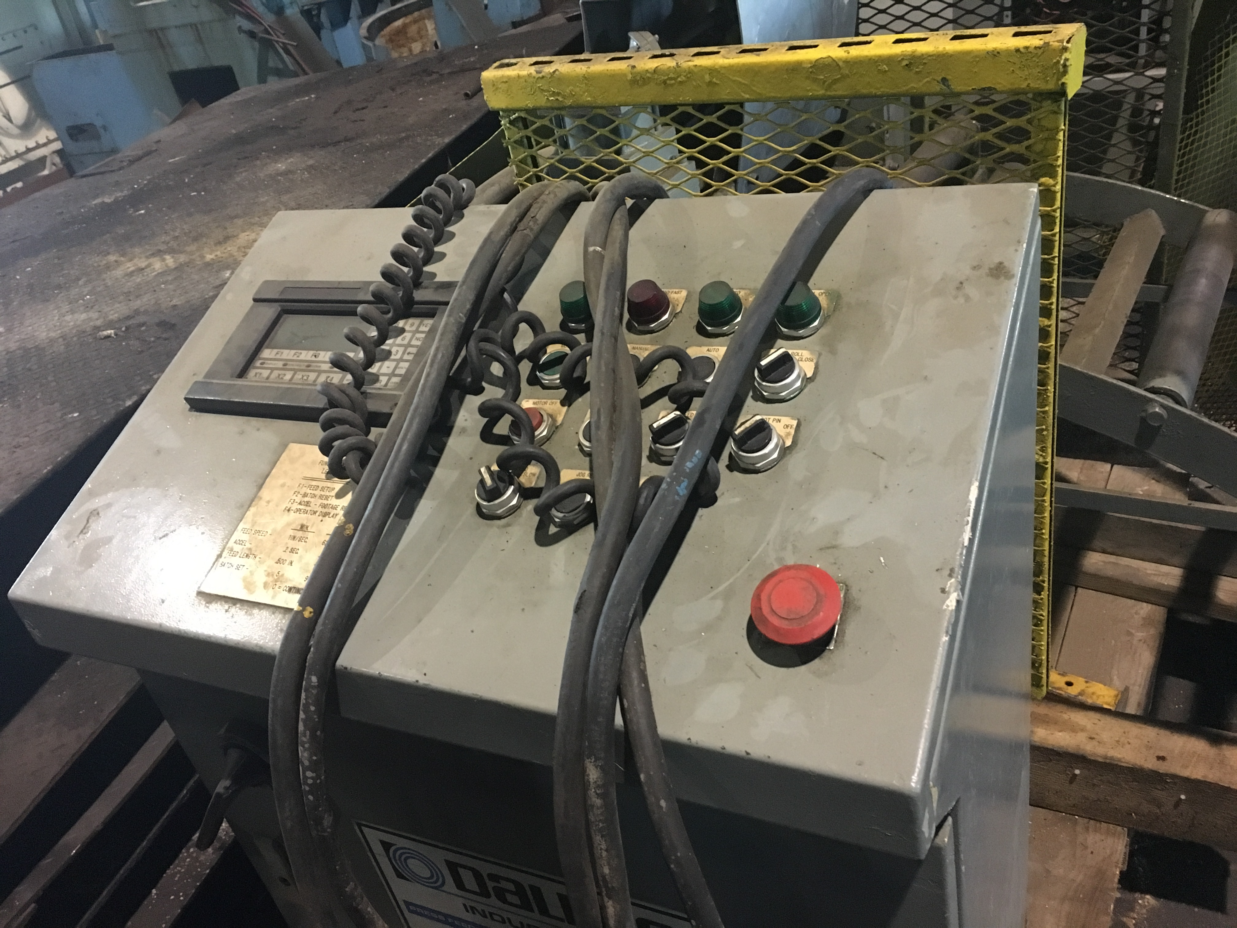 dallas servo controls