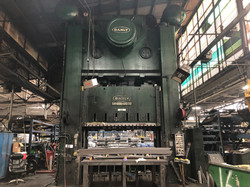 1000 ton Danly front