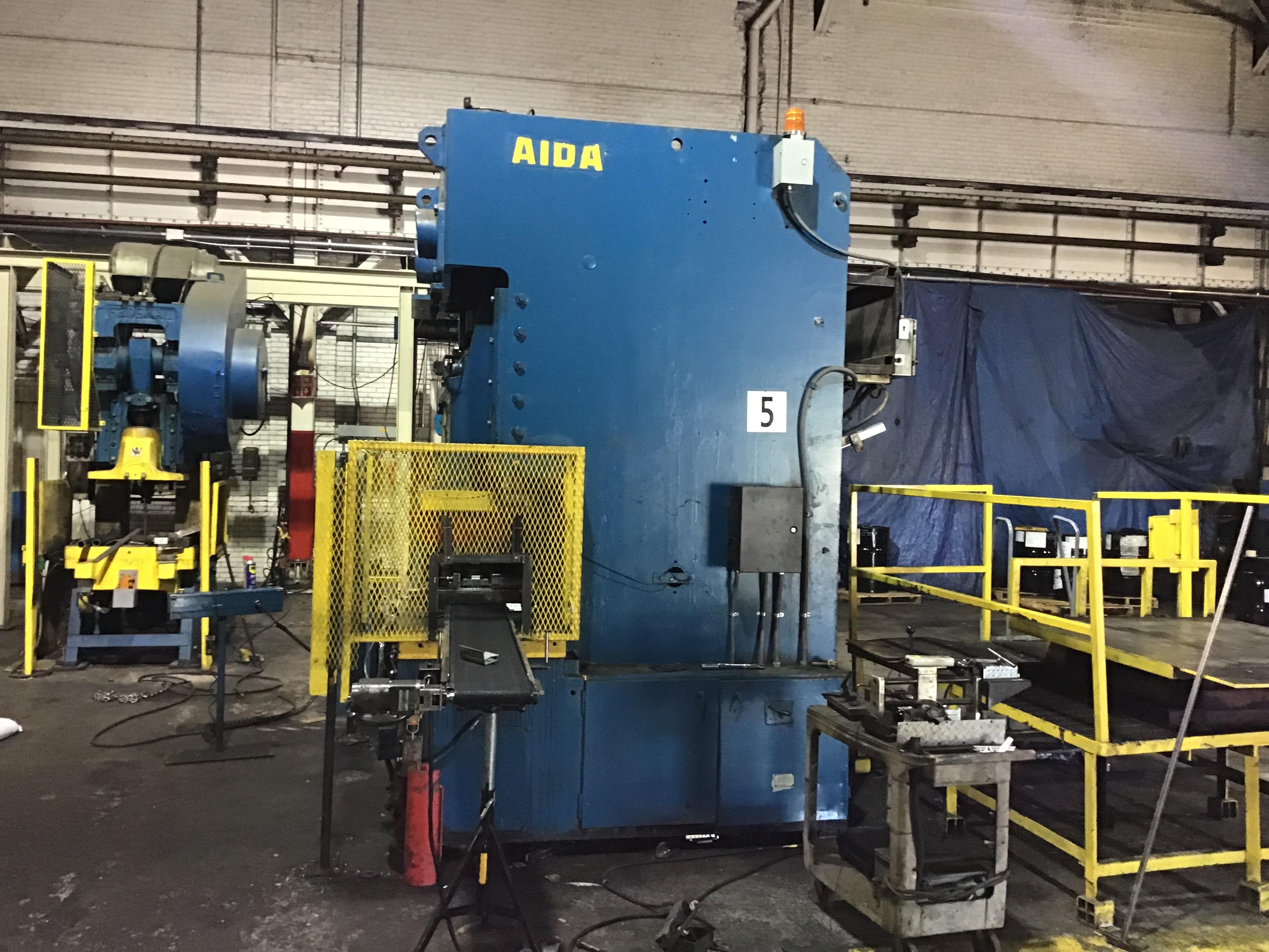 176 ton Aida side
