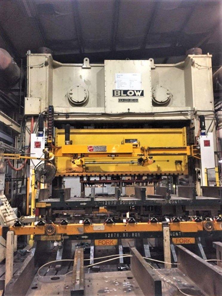1200 ton Blow press front