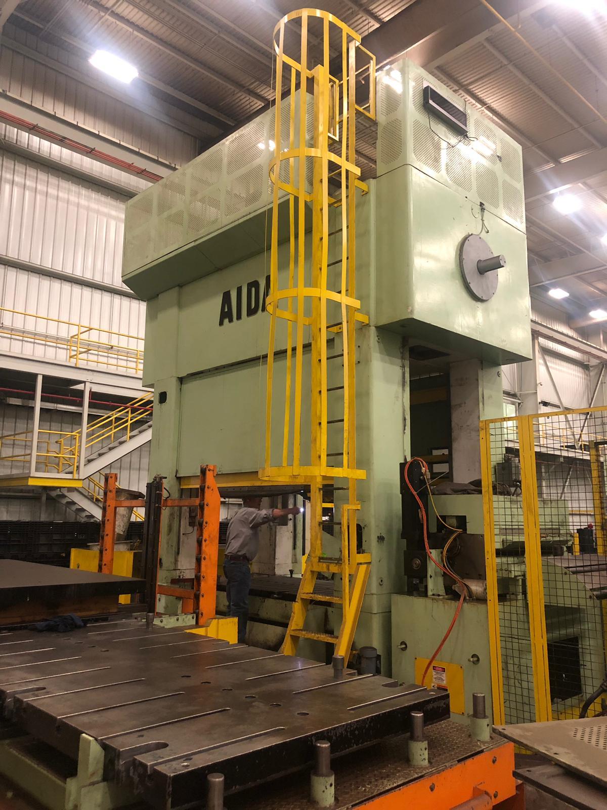 440 ton Aida rear