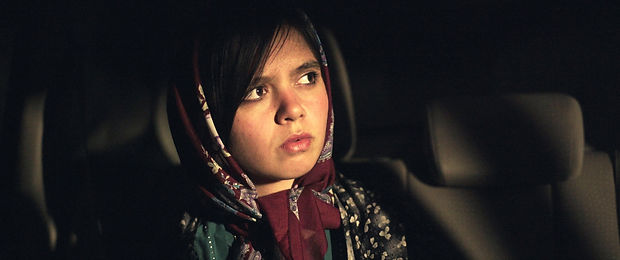 1536059519-3 Faces - Jafar Panahi 1.jpg