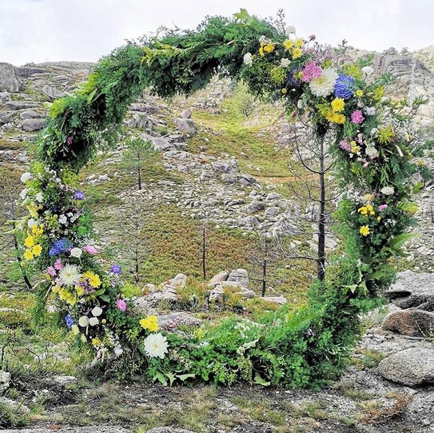 Altar- arco de flores