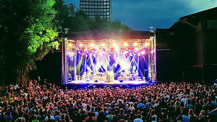 Outdoor_Stage_2_1920x1080.jpg
