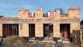stavba RD Bystřice pokračuje
