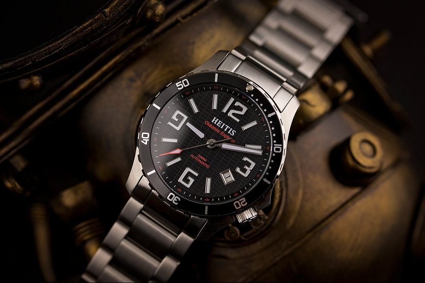 Okeanos Explorer Black Edition