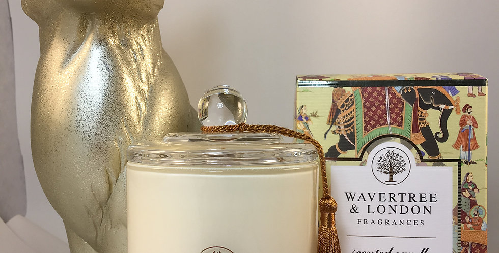 Sandalwood & Patchouli Scented Candle