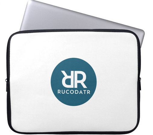 Laptop Sleeve 1.PNG