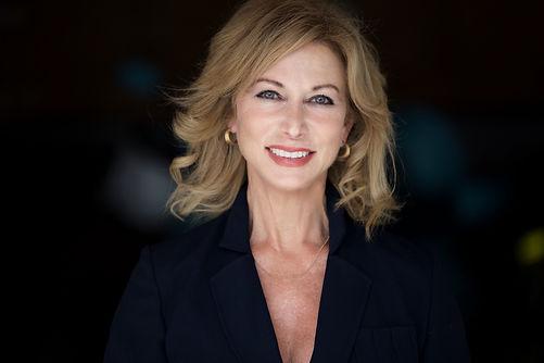 Carolyn Rae Cole