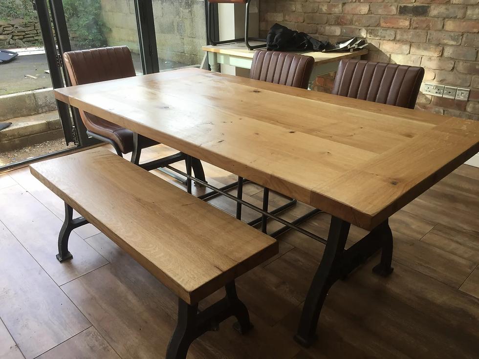 table-iron-legs-dacha-oak.webp