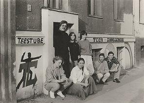 tc berlin retro bild teestube.jpg