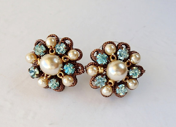 AQUA BLUE RHINESTONE STUD EARRINGS