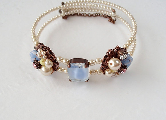 PEARL BRACELETCUFF with PASTEL COLORS