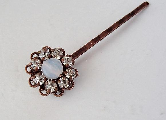 WHITE BRIDAL HAIR CLIP Wedding jewellery