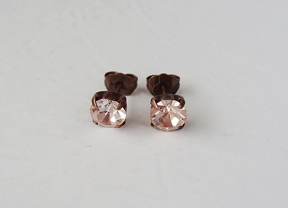 LIGHT PINK CRYSTAL STUD EARRINGS Flavors of Rose