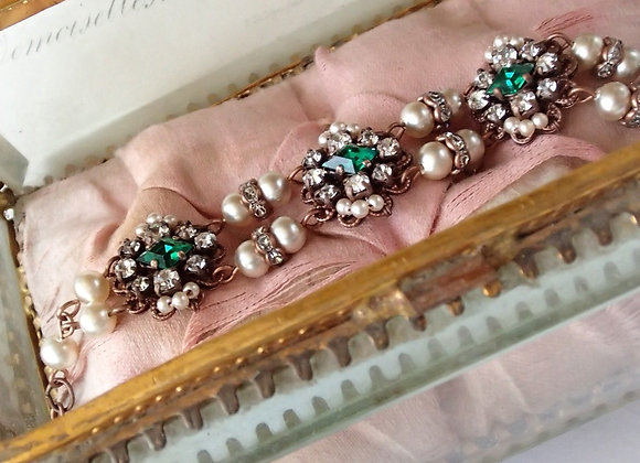 EMERALD Princess RHINESTONE BRACELET historical jewellery