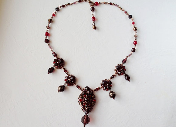 DARK RED RHINESTONE NECKLACE Flavors of Pomegranate
