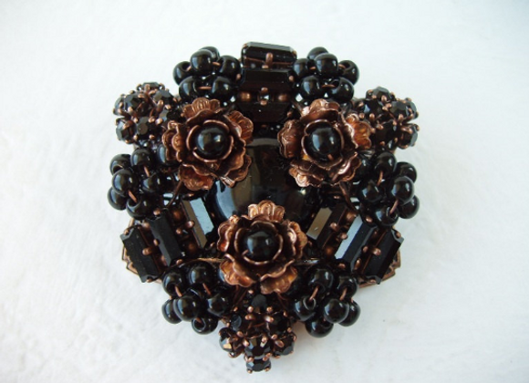 BLACK RHINESTONE BROOCH