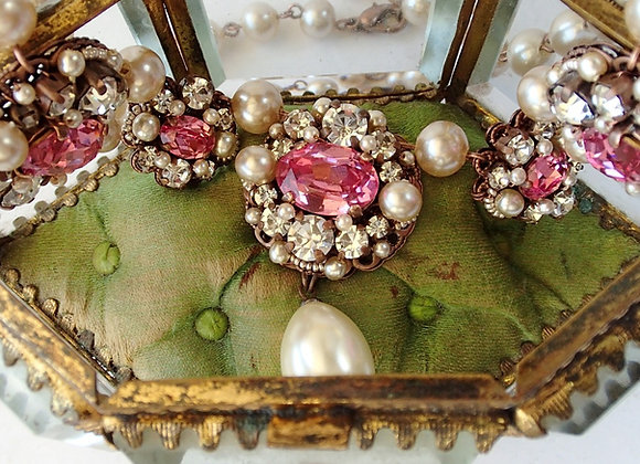 PINK RHINESTONE NECKLACE with Pearls