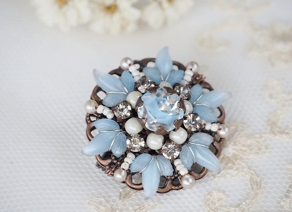 SMALL BROOCH in PASTEL COLORS Blue, Yellow, Pink, White