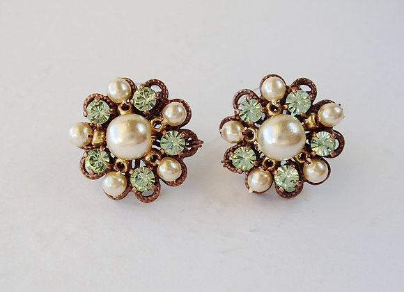 LIGHT GREEN RHINESTONE STUD EARRINGS