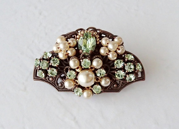 LIGHT GREEN FAN SHAPED SMALL BROOCH