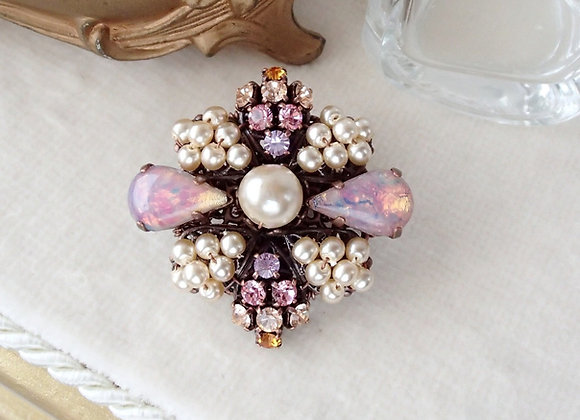 SMALL RHINESTONE BROOCH with DROP CRYSTALS