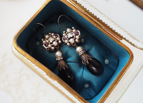 LONG PURPLE and PEARL RHINESTONE EARRINGS Vintage style rhinestone jewelry