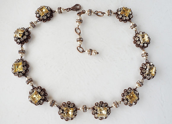 Historical Style RHINESTONE NECKLACE CITRINE