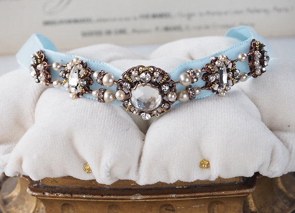 RHINESTONE and PEARL NECKLACE Collar on RIBBON