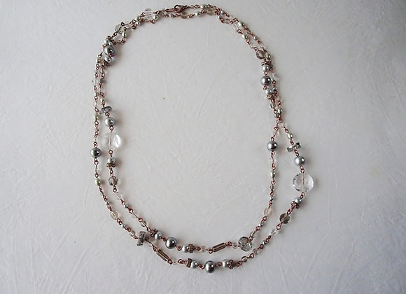 GREY LONG CHAIN NECKLACE Claire