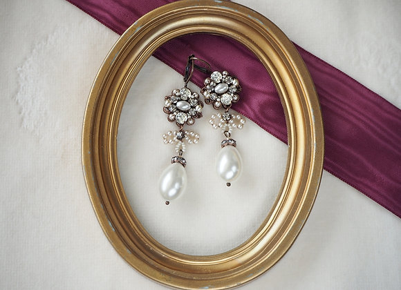 Bridal RHINESTONE EARRINGS with PEARL DROP