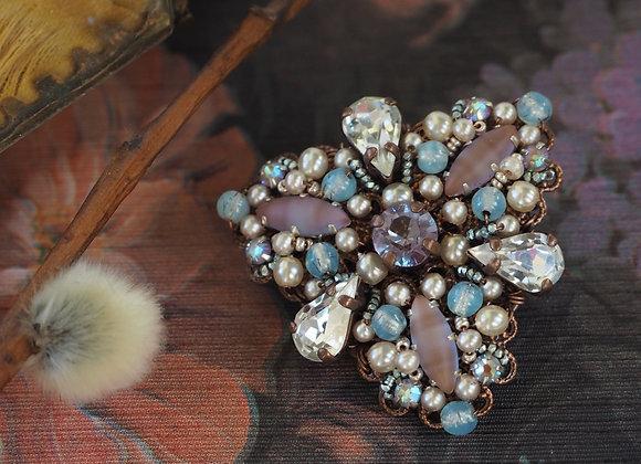 saphiret brooch Marie Antoinette vintage style jewelry mdmButiik jewellery