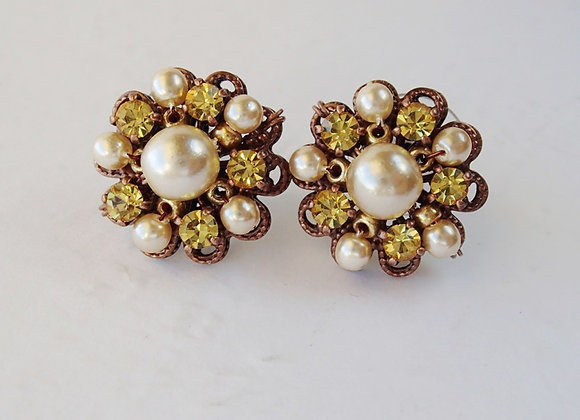 BRIGHT YELLOW RHINESTONE STUD EARRINGS
