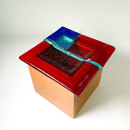 Caixa Vermelha de Madeira