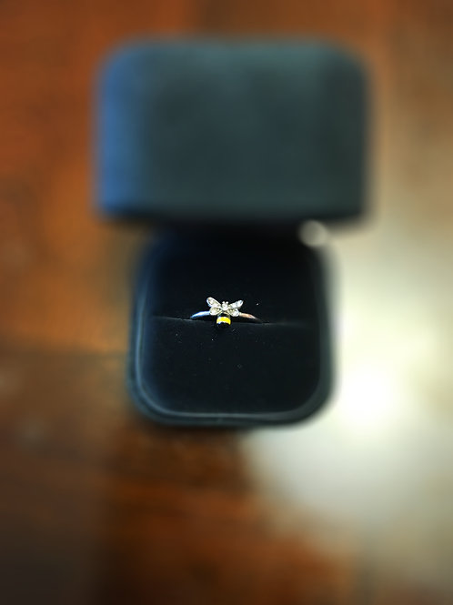 S BEE RING