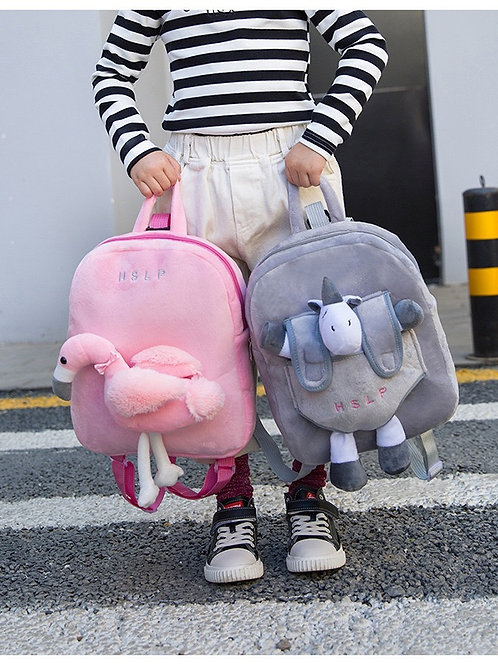 DOLLS OFF KID GUIDING BACKPACK