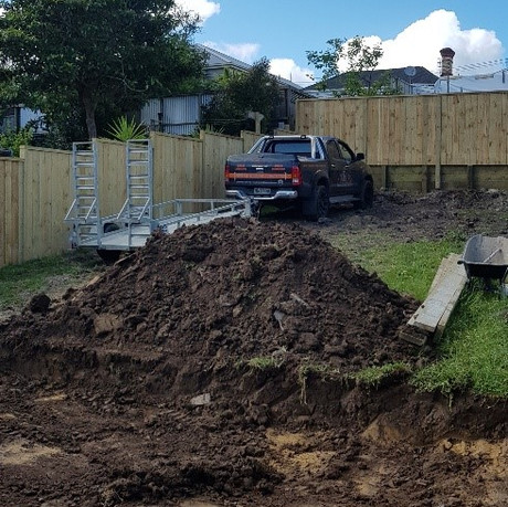 Fencing and retaining wall
