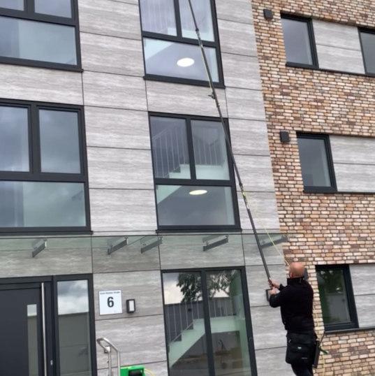 Osmose Fensterreinigung bis zu 13 Meter Höhe