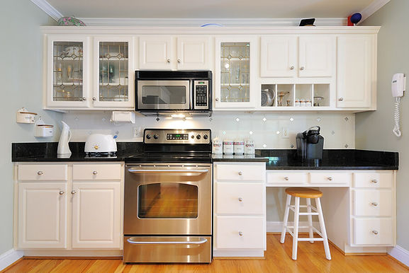Example of simple kitchen design in Denver