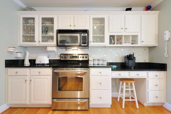 Modern-Kitchen-Counters
