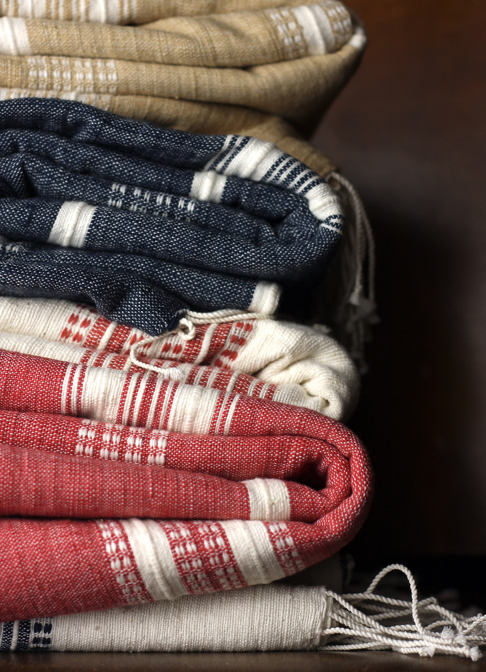 organic, handwoven blankets,  toxin-free and dye free textiles