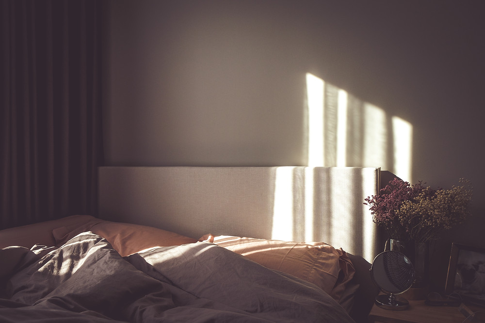 Soft Natural Textures with Soft Lighting In Bedroom
