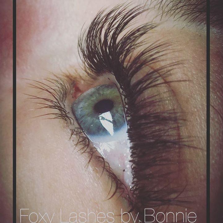 #foxylashesbybonnie #foxylasheshairstudio #bathmaine #volume#novalash